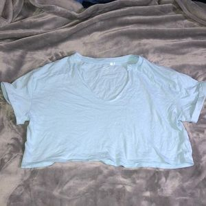 Pacsun v neck cropped tee